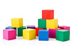 Деревянные кубики для развития ребенка