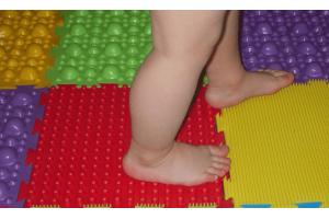 Как лечить плоскостопие у ребенка?