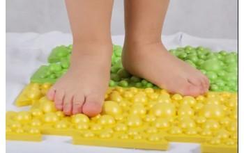 Организационные моменты детских ортопедических ковриков