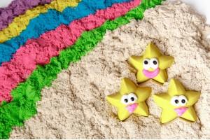 Как сделать кинетический песок своими руками?